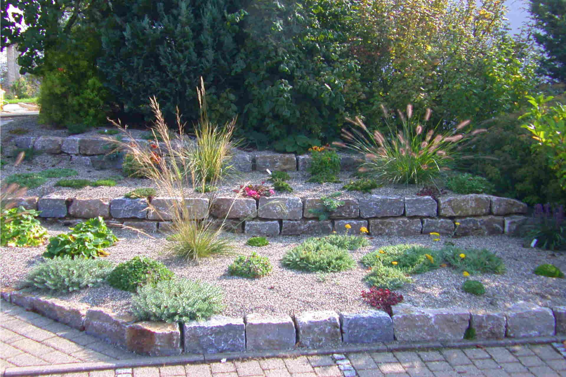 Einzigartig Gartenmauer Gestalten Ideen